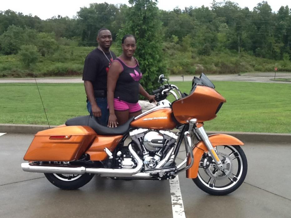 Street Glide Vs Road Glide >> 2015 Harley Davidson Road Glide First Ride Review Video | Autos Post